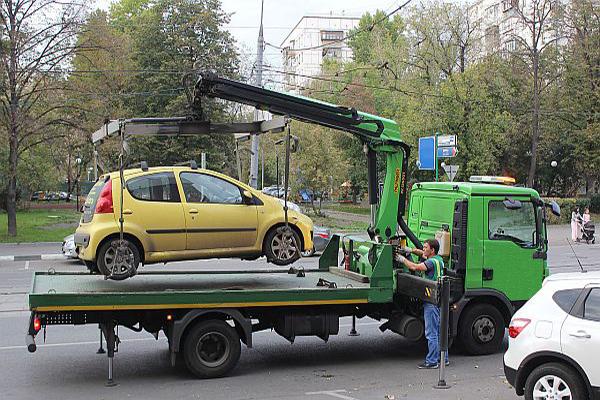 Эвакуатор дешево в Ясенево
